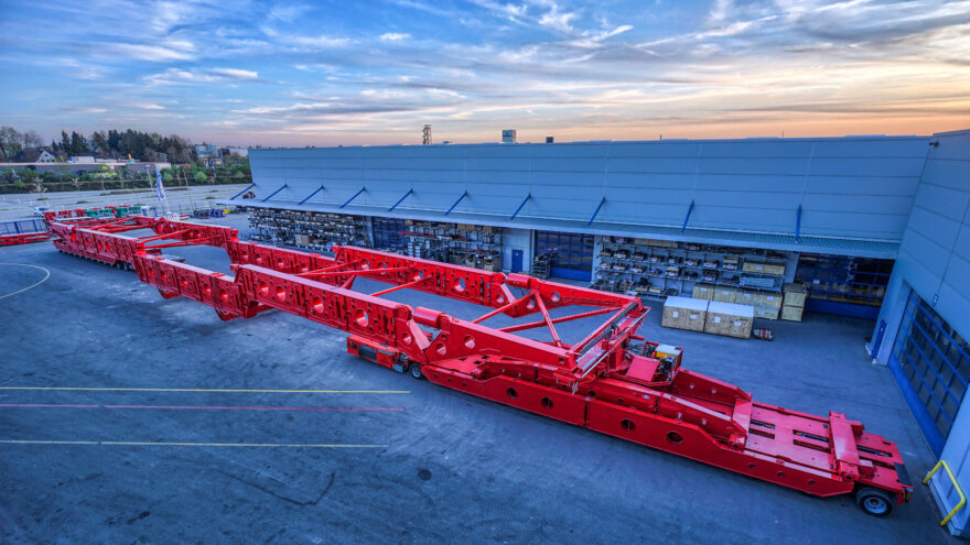 Kahl Schwerlast 600 Tonne Goldhofer Girder Bridge