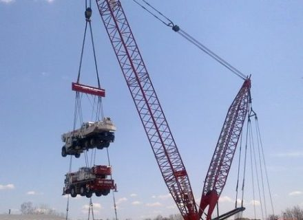 Eight big crawlers for Bay Crane