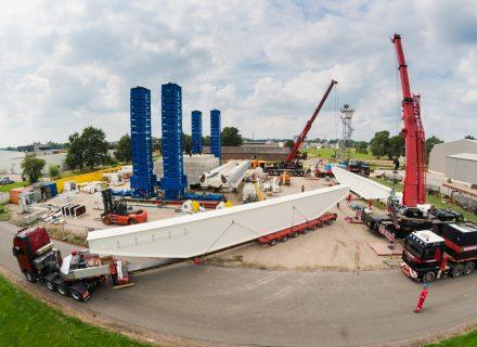 Enerpac Gantry Crane Transported to Poland