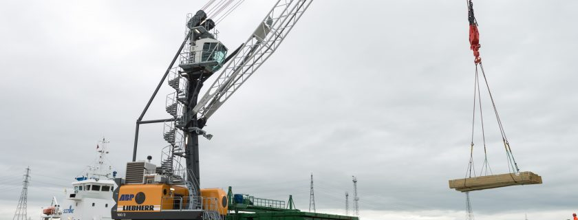 Liebherr LHM 180 Mobile Harbour Crane to ABP Newport