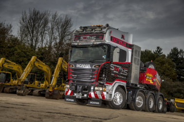 Scania Great Braitain, Scania, Scania Trucks, Scania GB, V8, Smiths Heavy Haulage, Phil Rootham, STGO, heavy haulage, TruckEast, Clutch on demand, R series, S Series, 8x4 tractor,