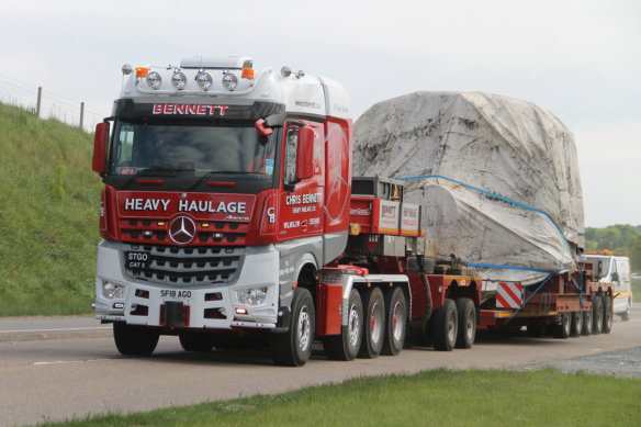 Alan Shearer, Mercedes-Benz Trucks, SLT, heavy haulage, chris bennett heavy haulage, nooteboom