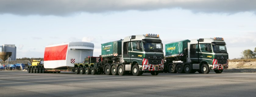 Bolk Transport BV choose Arocs 4163 SLT tractor units