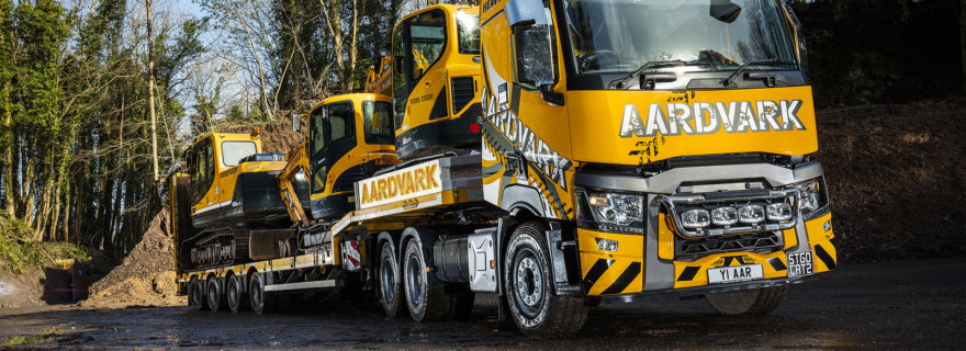 Aardvark Hire STGO CAT 2