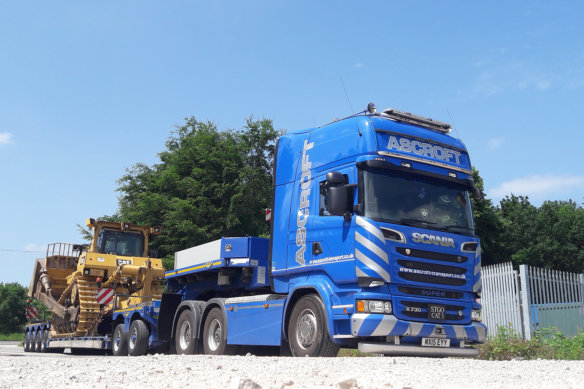 Colin Brown, heavy haulage, ascroft transport, broshuis, scania r730