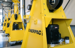 HeavyTorque Issue Eleven: Enerpac Heavy Lifting Technology