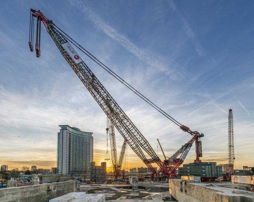 ALE's AL.SK190 London's Largest Crane