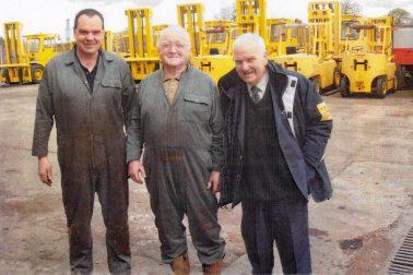 John De Mulder Equipment & Truck Dealer