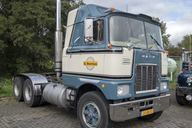 G Buurman Vintage Mack