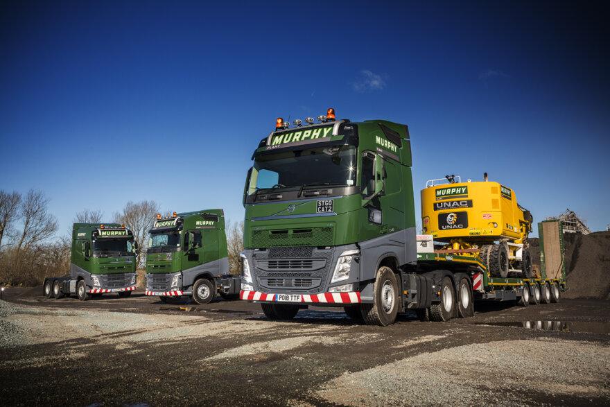 Murphy Plant, FH-540, heavy haulage, Tandem Axle Lift, Thomas Hardie Commercials, Michael Eden,