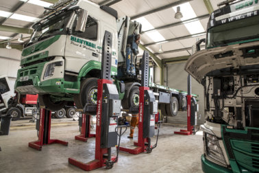 TotalKare, Column Lifts, Vehicle maintenance