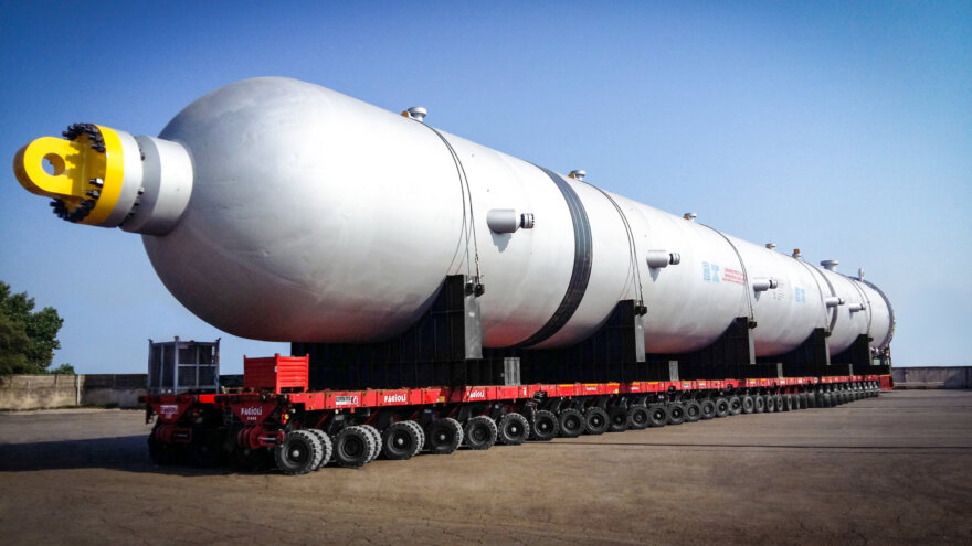 Record Pressure Vessels Moved on Cometto MSPE