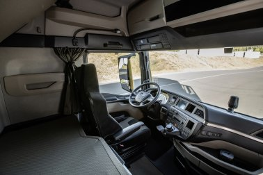 The instrument panel in the new MAN TG series is oriented towards the driver.